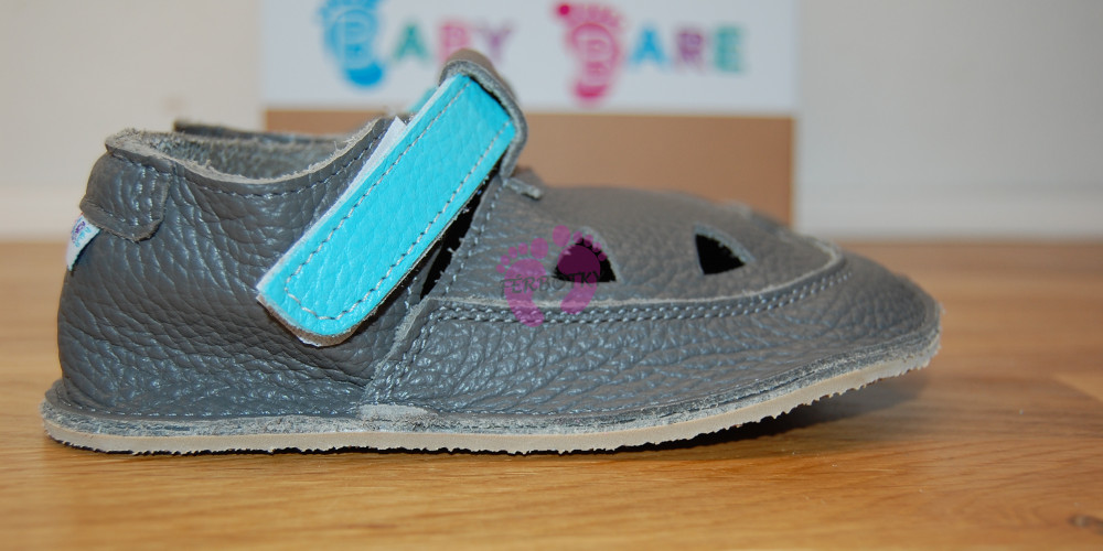 Baby Bare Shoes Blue Beetle Top Stitch ze strany