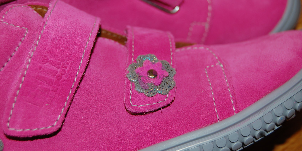 Filii barefoot - Klett Rose Flower M detail
