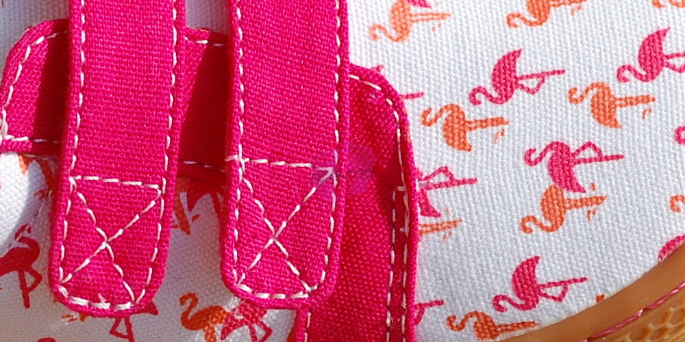 Livie and Luca Peppy Flamingo - Sunprint Textile detail materiálu