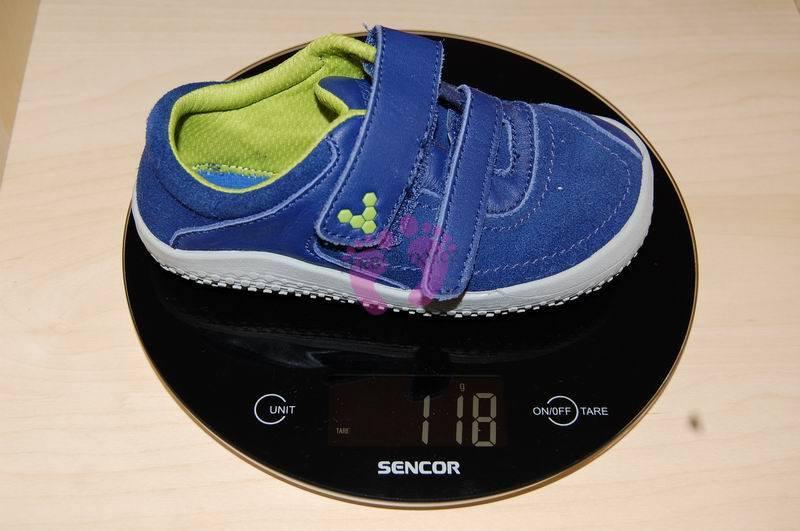Hmotnost boty Vivo Reno velikost 26.